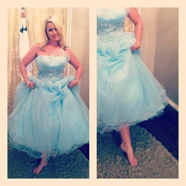 Cinderella lost her shoe! - K #CinderellaSlippers