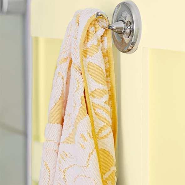 2bathroom-storage-smarts-102159942