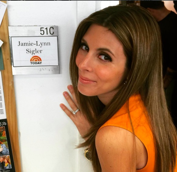 Jamie-Lynn Sigler wearing orange to talk multiple sclerosis at the Today Show. Photo from Sigler's Instagram.