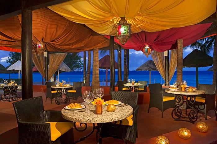 Dreams Sands Cancun Wedding Modern Destination Weddings