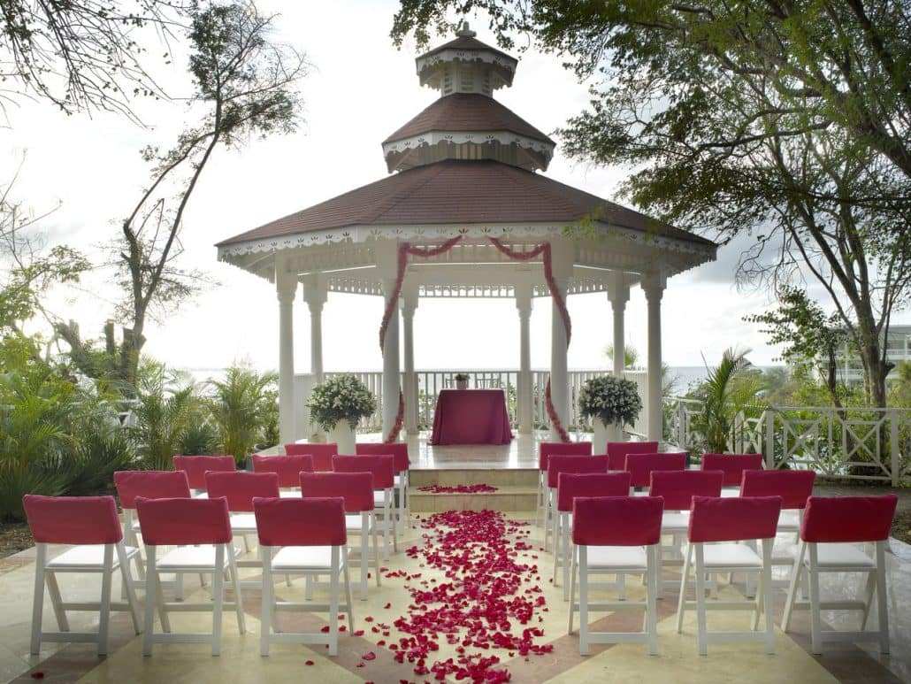 Grand Palladium Lady Hamilton Wedding Modern Destination Weddings