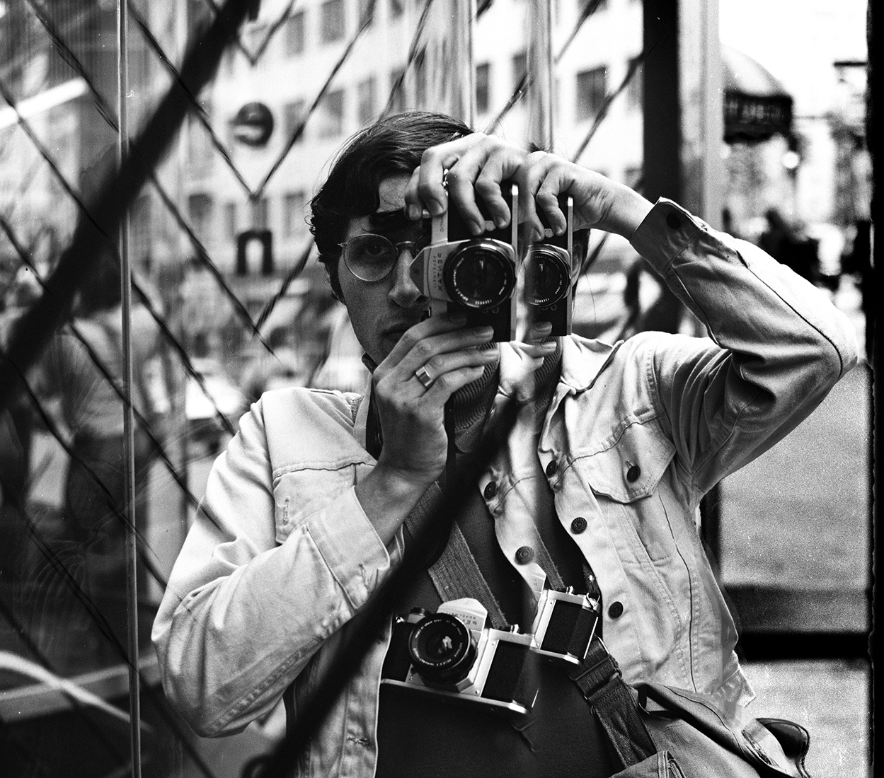 Barry Dworkin-selfie with two pentaxs