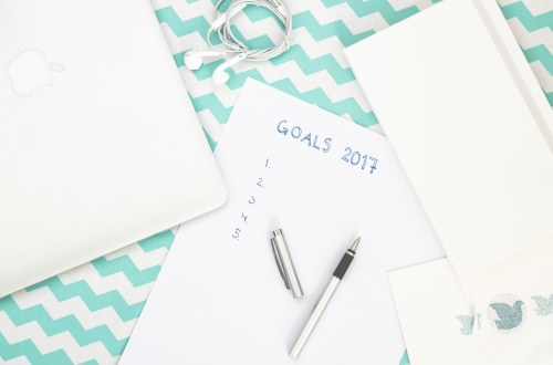 new year resolution and goals to complete to do list
