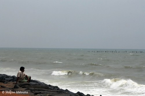 pondicherry_rocky_beach_man_at_beach