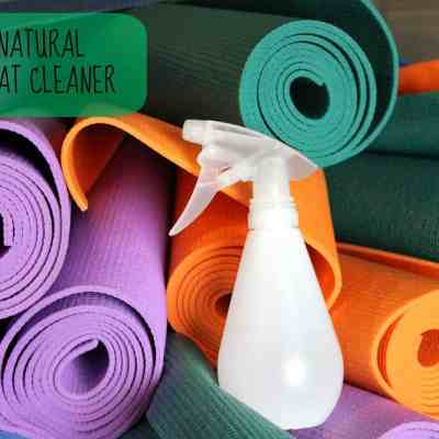 DIY: All Natural Yoga Mat Cleaner