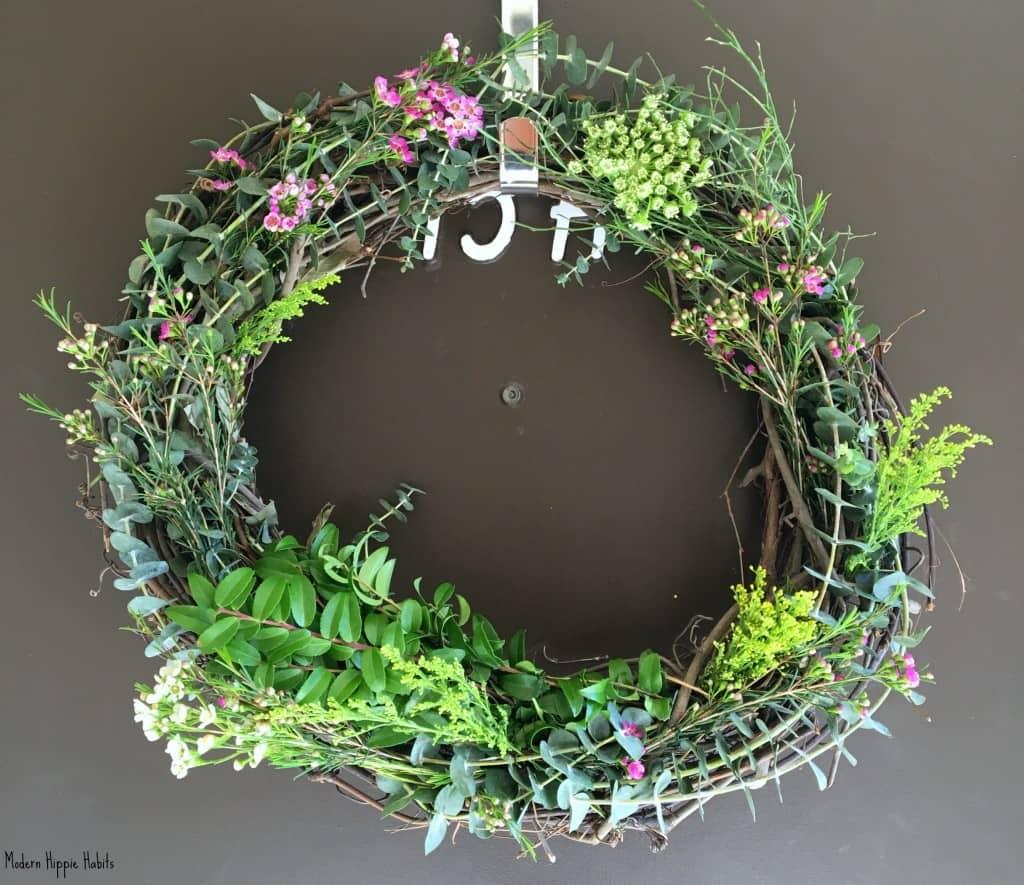 DIY Fresh Spring Wreath