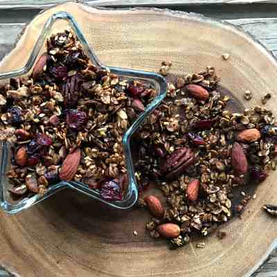 Spiced Gingerbread Granola