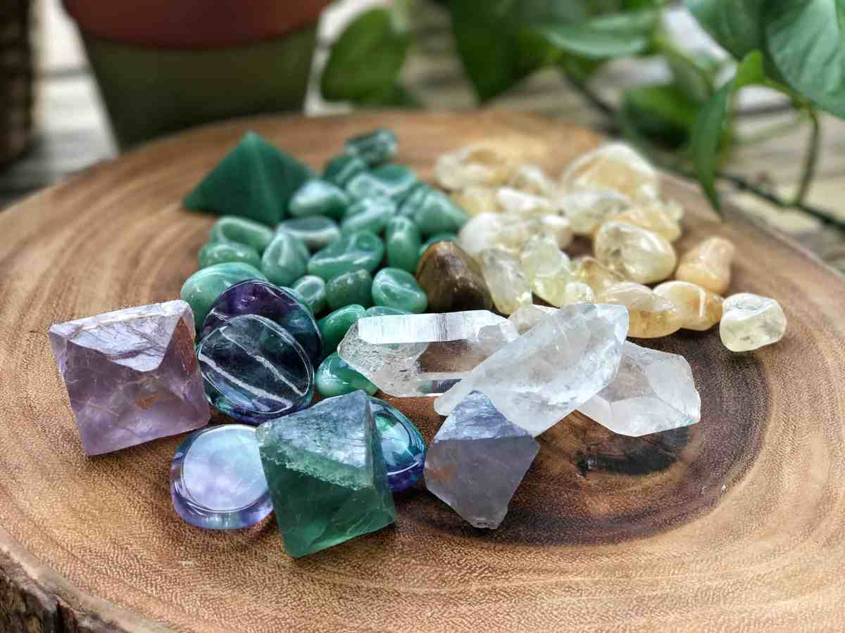 5 Crystals for Productivity in the Workplace
