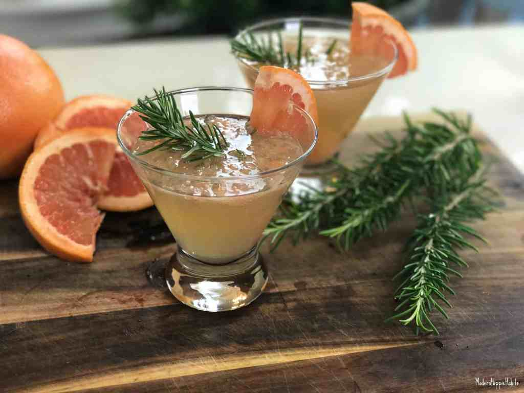 Rosemary-Grapefruit White Wine Spritzer