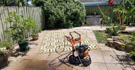 7 Tips for Power Washing Your House