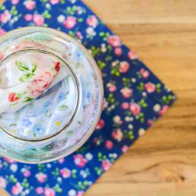 DIY Dryer Sheets – Reusable and Natural
