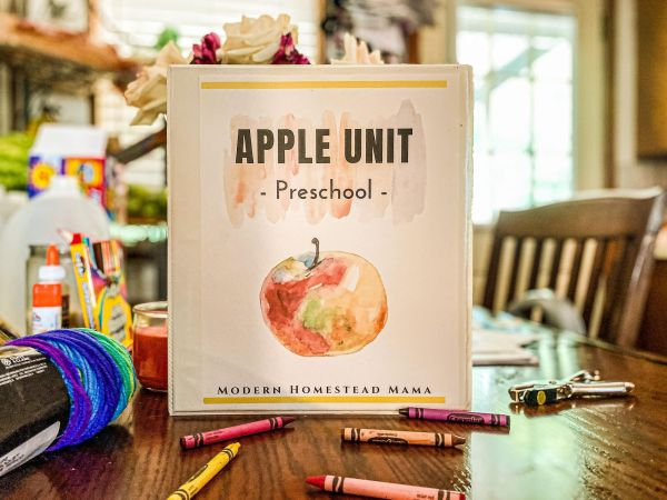 Apple Preschool Unit | Modern Homestead Mama
