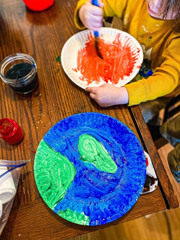 Paper Plate Planets Craft for Kids