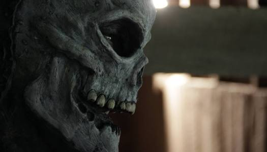"""Headless"" Has a Premiere Date and Trailer"