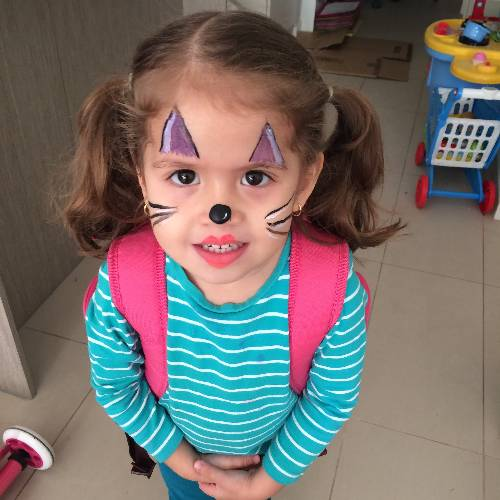 2 - quick face painting session before the kindy run- one more skill to develop