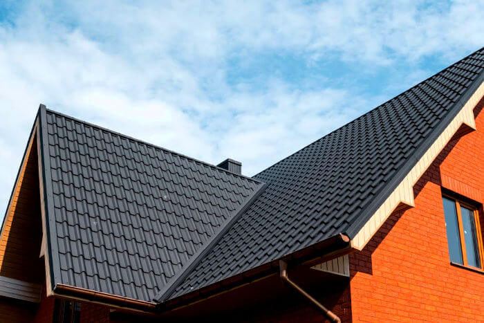 5 Tips For Negotiating Cost with Roofing Contractors - Modernize