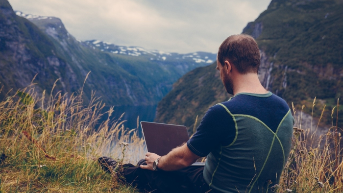 Everything You Need To Know About Being A Digital Nomad