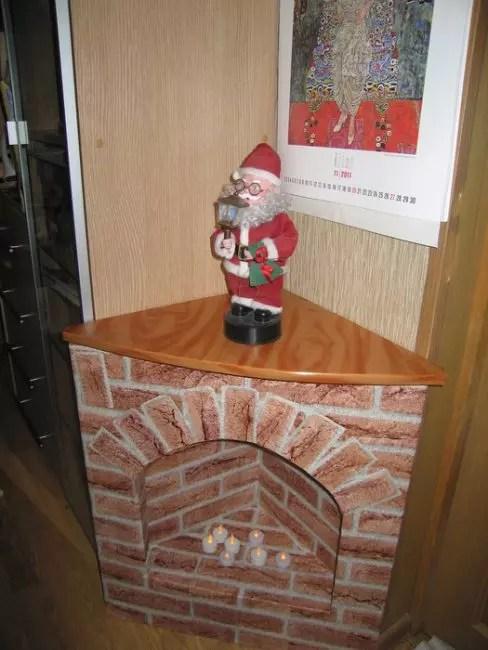 Corner Fireplace melakukannya sendiri