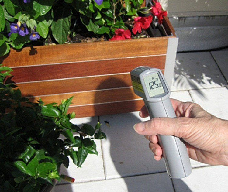 Measuring planter wall temperature created by solar gain