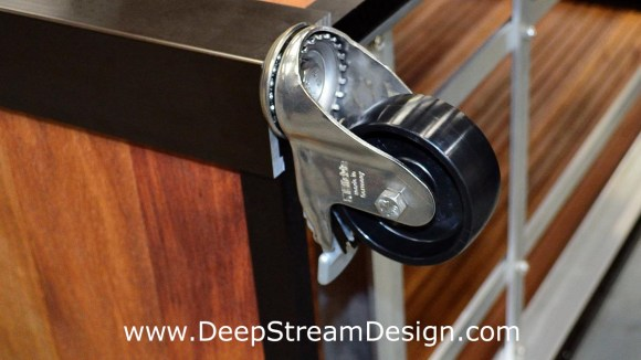 Medium duty Interior casters mount directly into the leg extrusions of DeepStream products