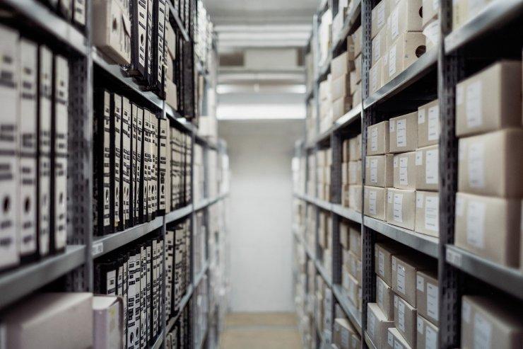 retail self-storage