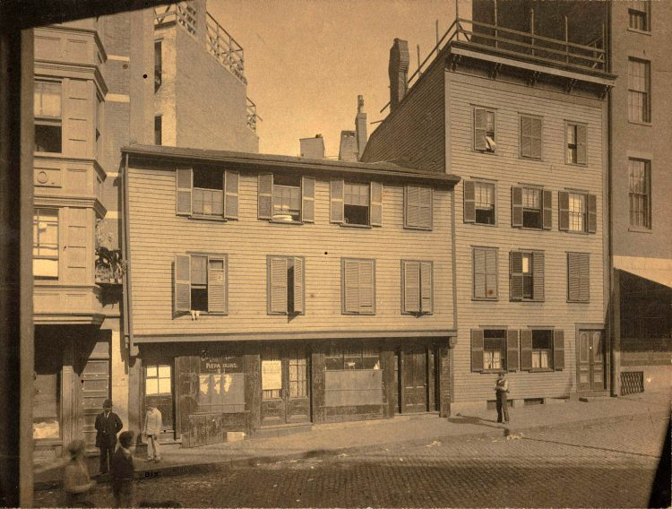 Paul Revere's house back in 1898