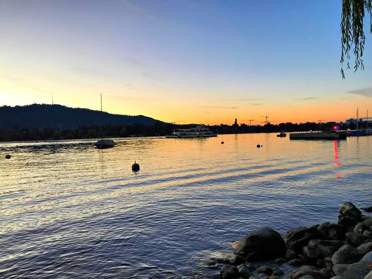 Lake Zürich is so worth seeing!