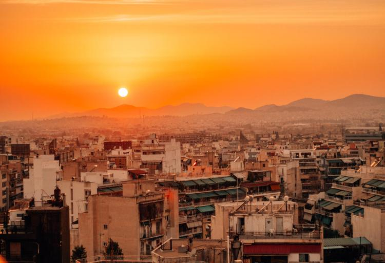 Prepared to be dazzled by wonderful sunsets as you explore Athens in 3 days!
