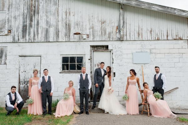 chic barn wedding