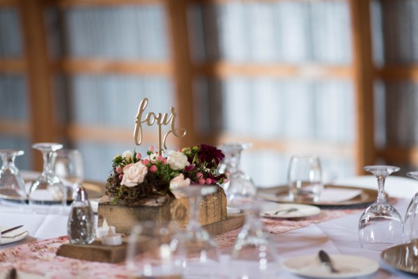 mountain lodge wedding