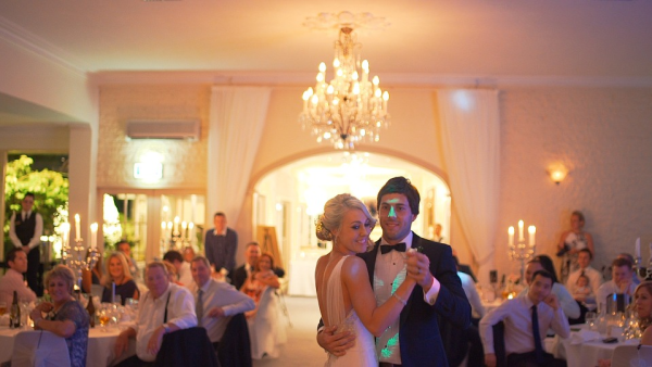 How Should You Pay For Your Wedding?