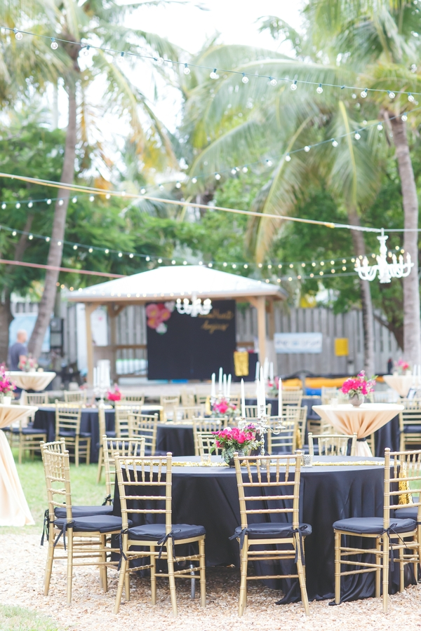 outdoor Hollywood glam wedding