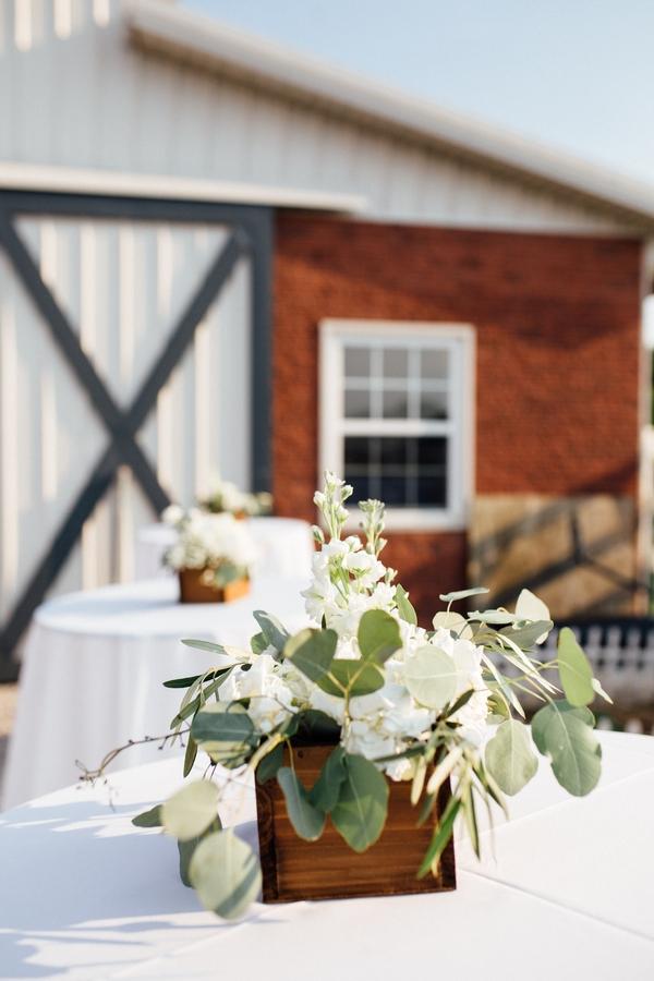 DIY greenery wedding