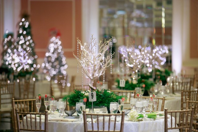 romantic Christmas wedding