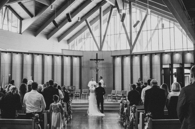 rustic Wisconsin wedding