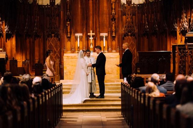 romantic Pittsburgh wedding