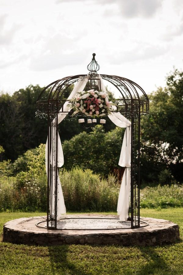 pink rustic wedding