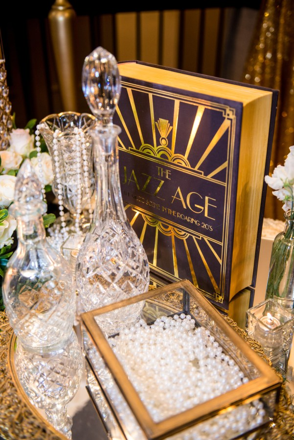 vintage Gatsby wedding