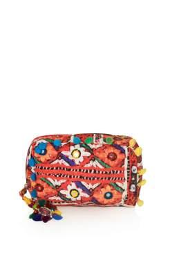 http://de.topshop.com/de/tsde/produkt/taschen-accessoires-1702232/taschen-geldb%C3%B6rsen-345376/schminkbeutel-mit-cuzco-print-3030743?bi=21&ps=20