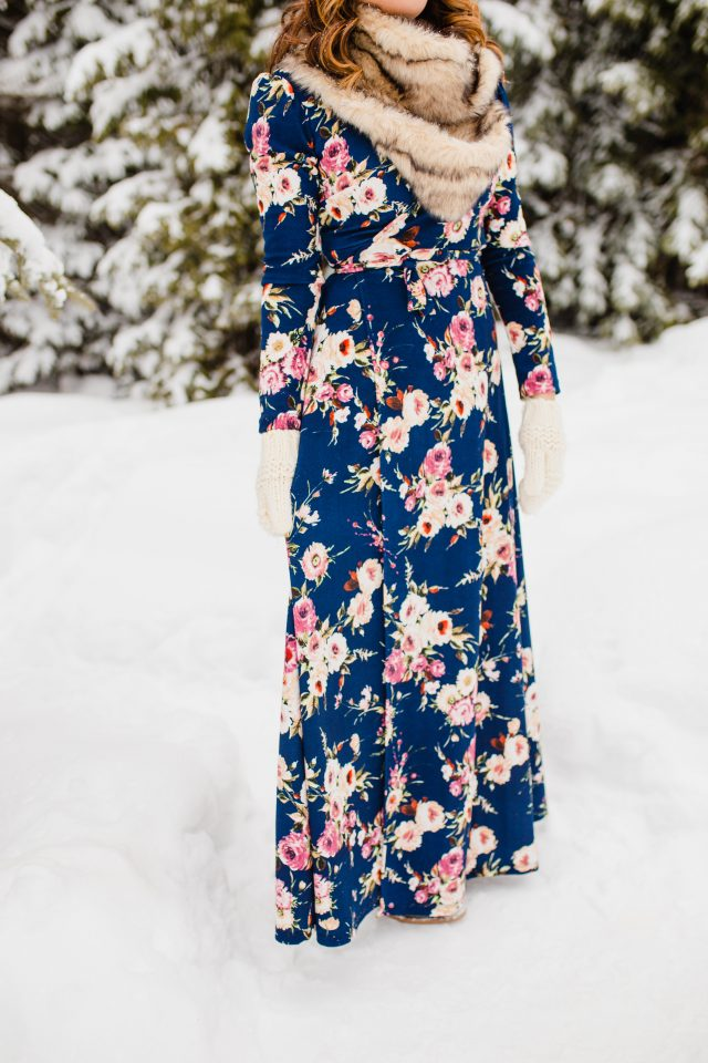 Cute floral maxi wrap dress!
