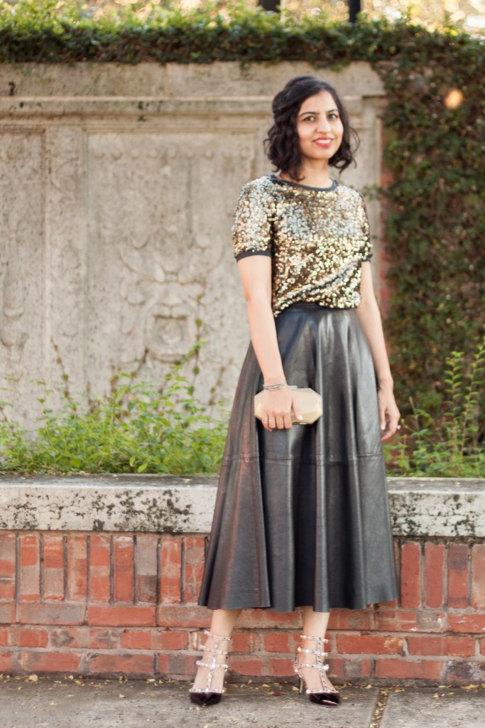 leather outfit ideas midi skirt with sequin top