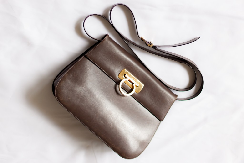 shopping vintage sales brown Ferragamo bag