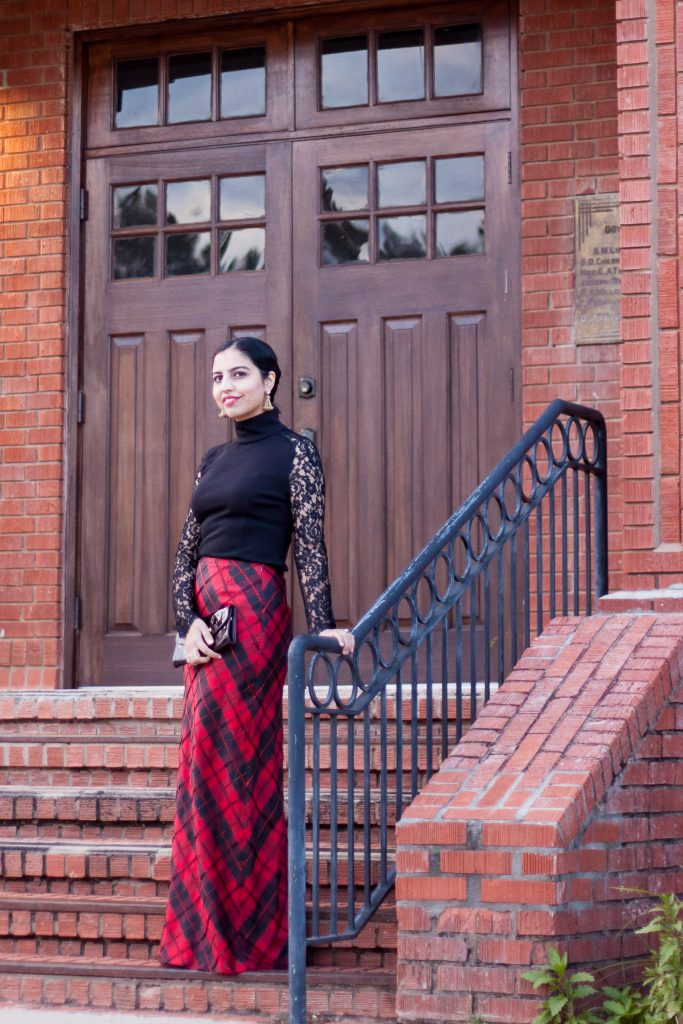 muslim christmas guide black and red skirt