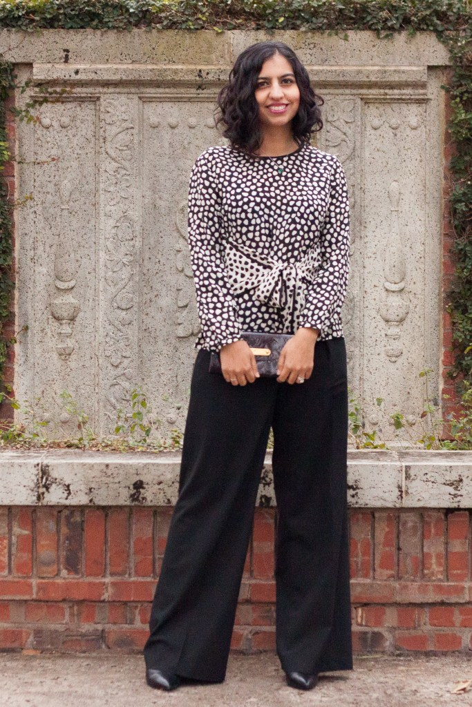 dress for your body type black wide leg pants