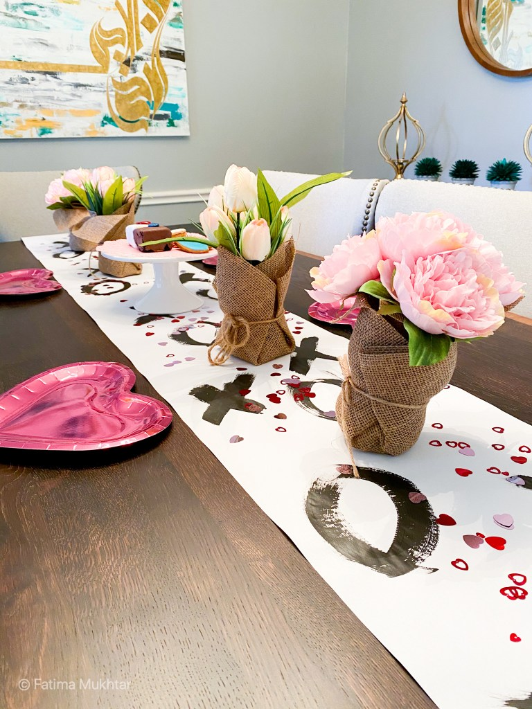 valentine's day table decor xoxo runner pink flowers