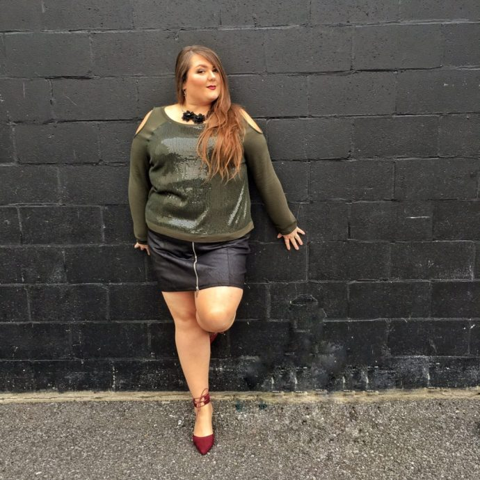 plus-size-holiday-party-looks-featuring-addition-elle-ottawa-fashion-blog-mode-xlusive-blogger