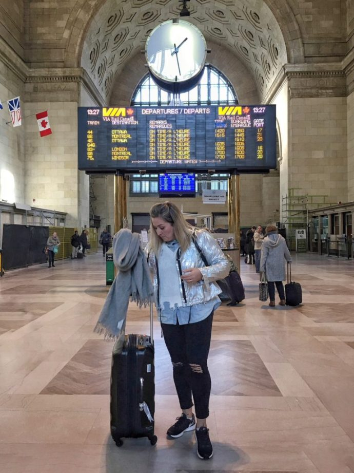 Chantsy-Travel-Fashion-Beauty-Blogger-Blog-Outfit-Via-Rail-Union-Station-Toronto-Silver-Jacket