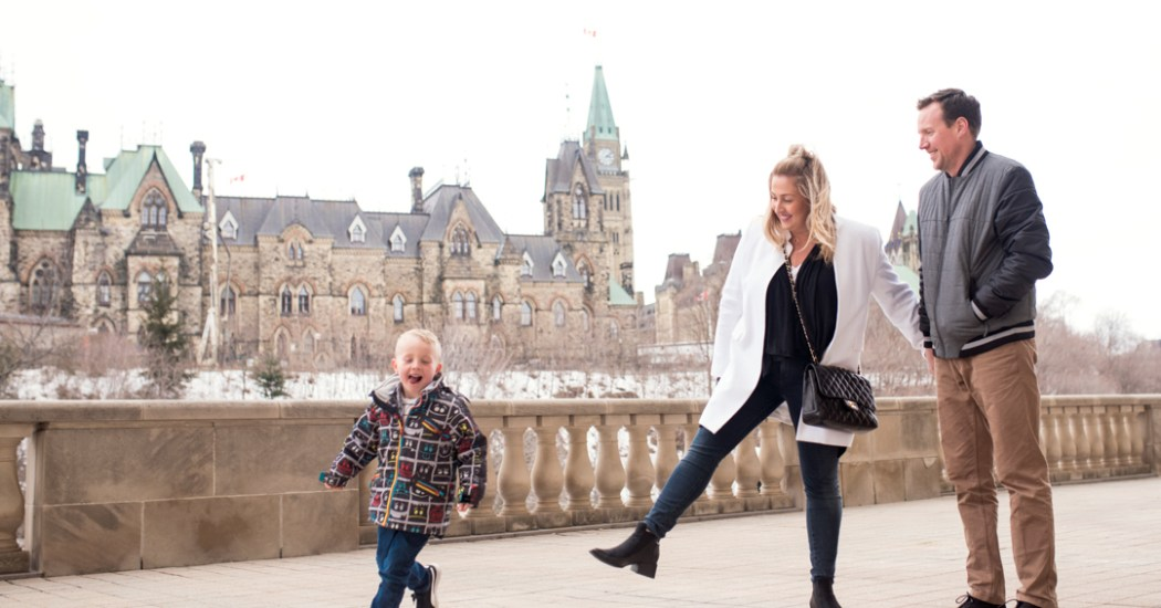 March-break-staycation-Ottawa-Chateau-Laurier-high-tea-Art-Deco-pool-Fairmont-Gold