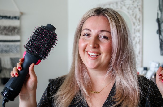 Revlon one step hair dryer and volumizer video