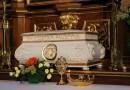 Je zvláštne, že katolíci uctievajú relikvie zosnulých? Tu je dôvod, prečo ich uctievame.